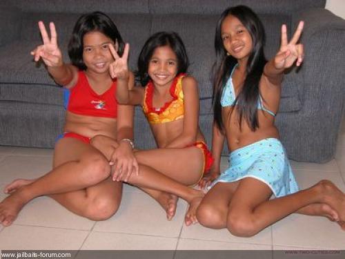 Dj Models Two Cuties Download Foto Gambar Wallpaper Film ...