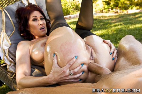 ��� ������� ������� ����� / Tiffany Mynx (Oiled Cougar) (2012) SiteRip