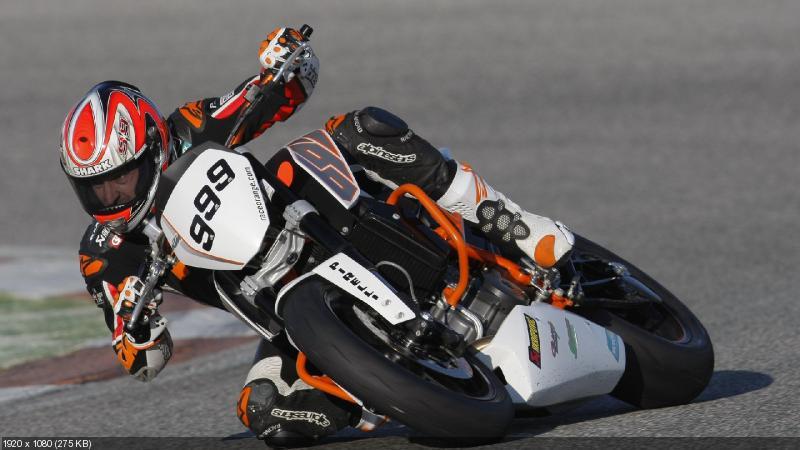 Гоночный мотоцикл KTM 690 Duke EJC 2012